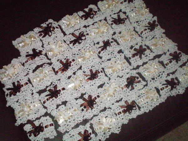 mariage 40 ronds de serviette mes ouvrages au crochet. Black Bedroom Furniture Sets. Home Design Ideas