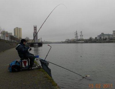 Sur la pêche de la photo les taquets