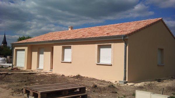 la fa ade est s che voici le r sultat avec un peut de soleil notre futur maison. Black Bedroom Furniture Sets. Home Design Ideas