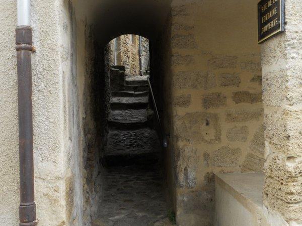 quelques photos du village dont l'architecture est ancienne.