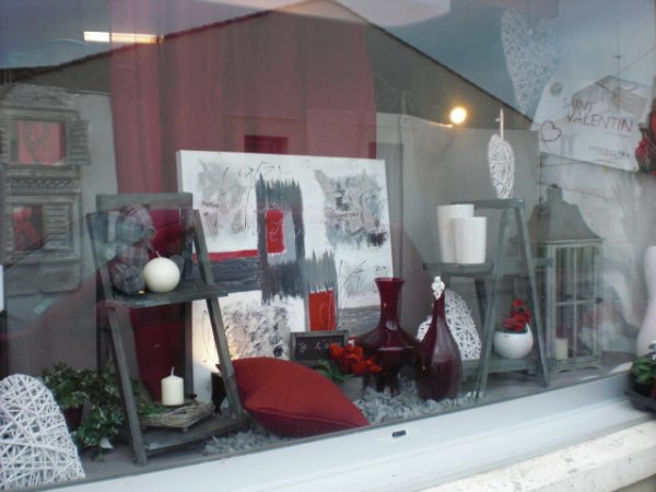 Vitrine st valentin mes cr ations florals ma d co le home - Deco st valentin vitrine ...