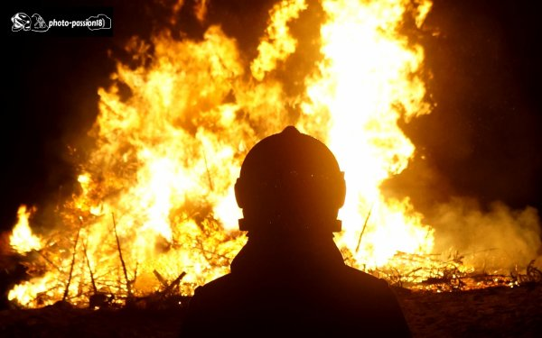au coeur des flammes