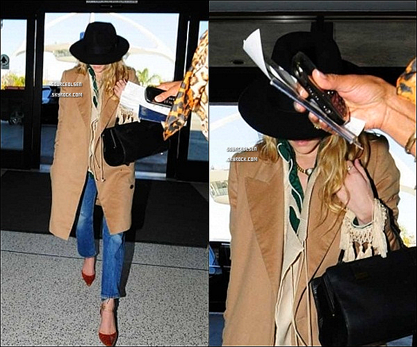 . 02/04/2012 : Ashley a �t� aper�u � l'a�roport LAX dans Los-Angeles. _________Enfin des news... .