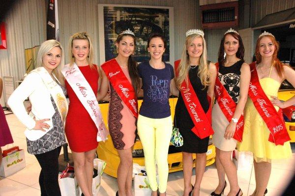 2015-05-19-TOURNAI – DES CADEAUX A N'EN PLUS FINIR