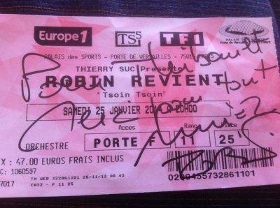 """""""ROBIN REVIENT TSOIN TSOIN"""" : R�cits de spectacles - Tourn�e (2013/2014) : LE MANS, ORL�ANS, PARIS/PALAIS DES SPORTS, TOULON, PARIS/OLYMPIA."""