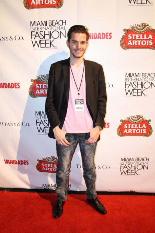 DORIAN DEBOULLE @ MIAMI BEACH INTERNATIONAL FASHION WEEK (MIAMI) MARS 2012