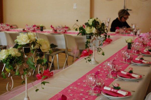 Exemple de table pour mariage le metro de l 39 amour - Exemple decoration table mariage ...
