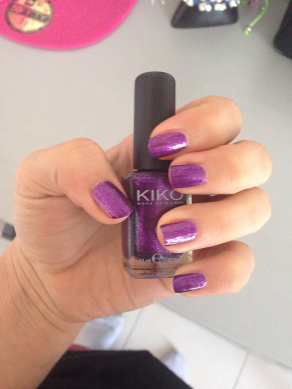 Vernis violet kiko