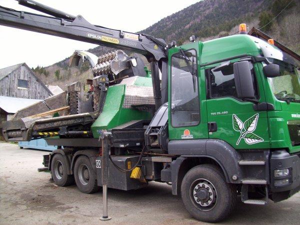 unité mobile de broyage de bois  UN MONDE DE CAMIONS ~ Entreprise De Broyage De Bois