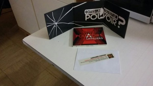 "CD ""Pouvoirs ""......"