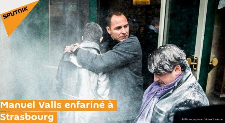 L'ancien premier ministre français, Manuel Valls, a reçu un sac de farine sur la tête
