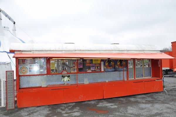 Le cirque joseph bouglione a villeneuve d 39 ascq mars 2013 circus nord 59 for Comhoraire la poste villeneuve d ascq