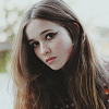 Alice Englert - Snow White