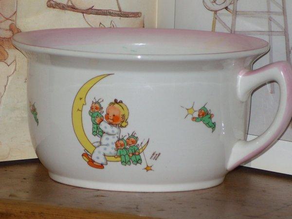 Pot de chambre pour enfant mes poup es my dolls for Pot de chambre enfant