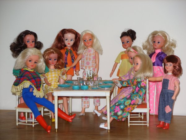 Sindy... Dining table...