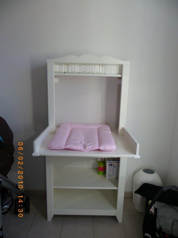 rangement table langer blog de chiararoure. Black Bedroom Furniture Sets. Home Design Ideas