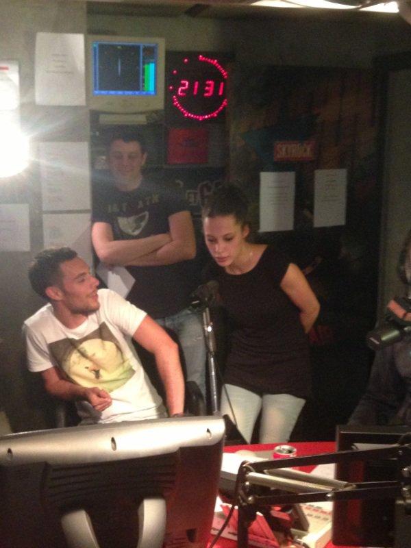 Nikita Bellucci dans la radio libre