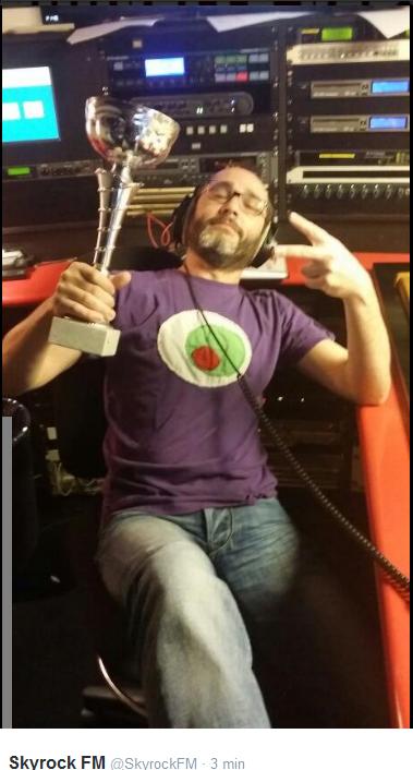 Romano au calme avec sa coupe! #ClashDeLaDrague