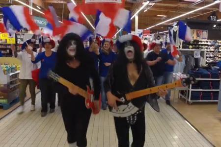VID�O - Le clip pour l'Euro des employ�s du Carrefour de Charleville-M�zi�res !