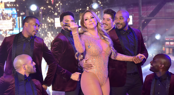 VIDEO - Mariah Carey offre un concert catastrophique à Times Square !