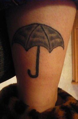 Un parapluie sur le mollet, �a vous tente ?