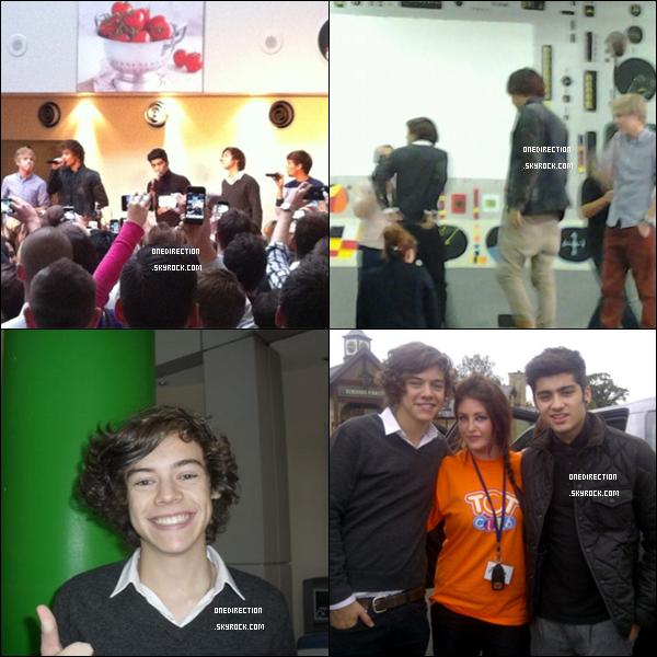 • 23/09/11 – Lors de la performance sur WMYB du groupe, Harry a chanté son solo a une fan du public et l'a embrassée.