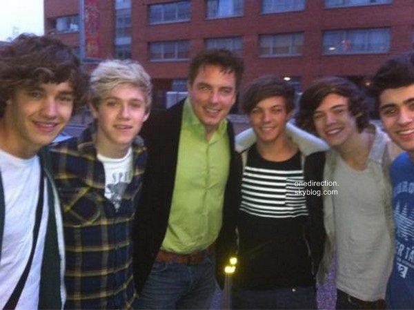 Les One Direction se sont rendus a l'hôpital Great Ormond.