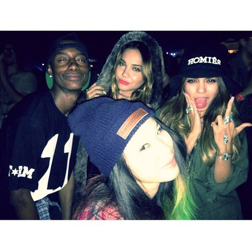 Za-Nessa-Source(24.08.13) Vanessa & Stella - Lucky Brand's A Celebration of California Culture & StyleZa-Nessa-Source