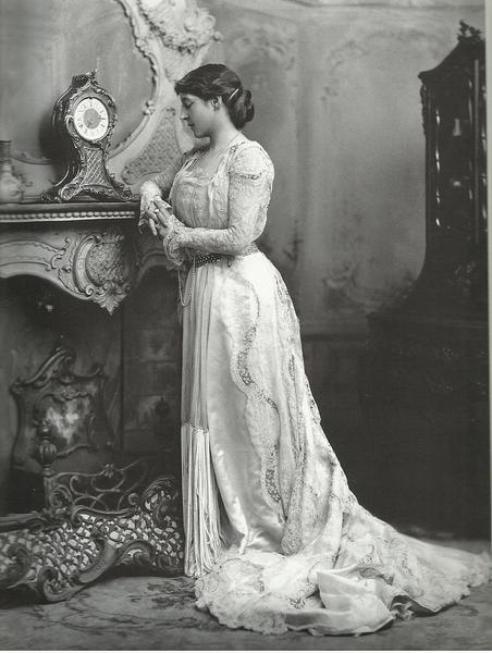 maquillage femme 1900