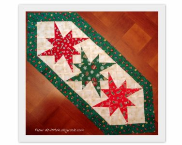 Patchwork chemin de table pour no l fleur de patch - Chemin de table pour noel ...