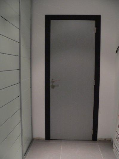 Couleur peinture porte interieure avec des id es int ressantes pour la conception for Porte interieure noire