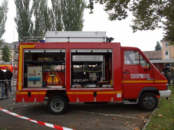 portes ouverte des pompiers de mulhouse vsab vtu vsr vss blog de unimog888. Black Bedroom Furniture Sets. Home Design Ideas