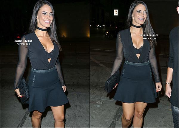 """21 octobre 2016 :   Jessica a été vue allant ou sortant du """"Craig's Restaurant"""" à West Hollywood. Flop!"""