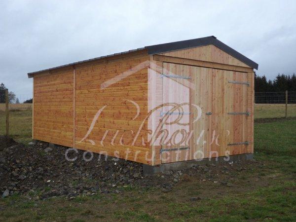 construction d 39 un abri ferm pour abriter foin paille