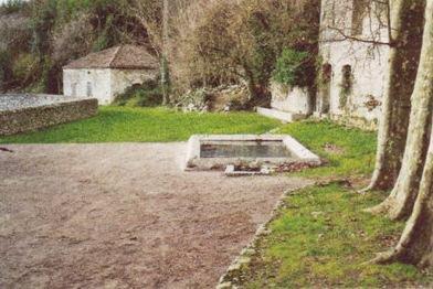 Le bassin d'en bas de la tour