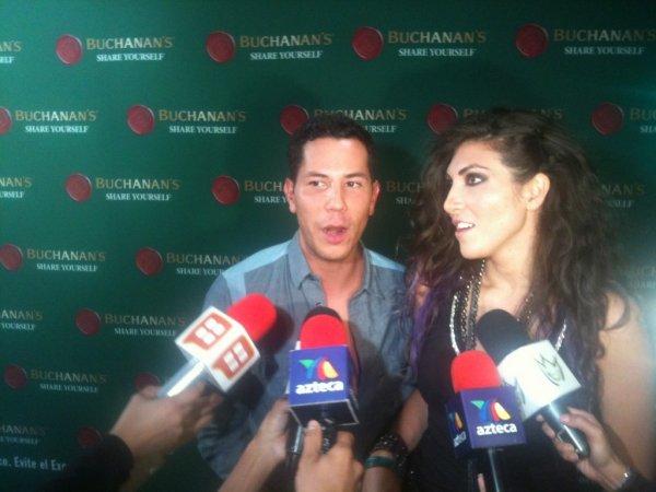 Christian Ch�vez no show do Maroon 5 na Cidade do M�xico, M�xico (19.08.12