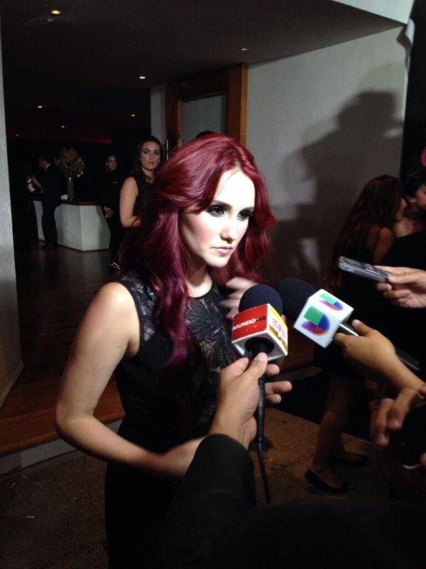 Christopher Uckermann, Dulce Mar�a e Maite Perroni na Festa de 15 anos da Glamour no M�xico (10.10.13)