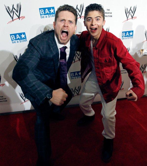 Miz à Smackdown, au WWE Summerslam VIP Party, sur Youtube, et dans ScoobyDoo!