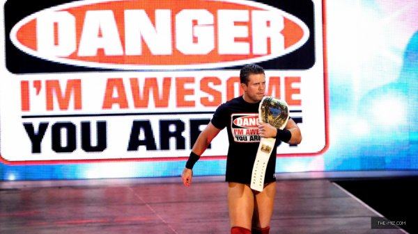 The Miz Vs John Cena. [WWE Raw 27/08/12]
