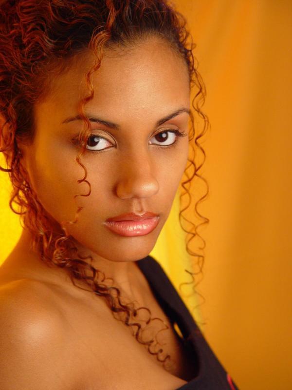 Zendaya coleman shake it up