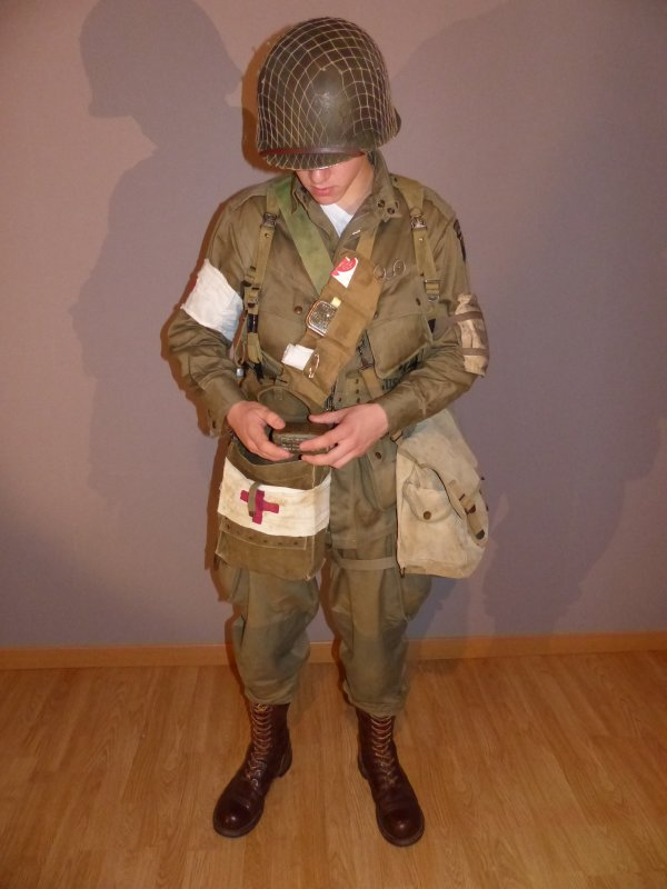 Medic Us Paratroopers Normandie 1944 Faire De Notre