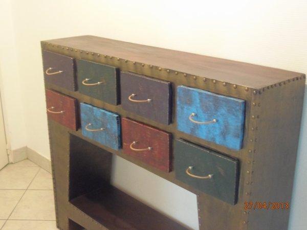 console style industriel tout en carton cr rose. Black Bedroom Furniture Sets. Home Design Ideas