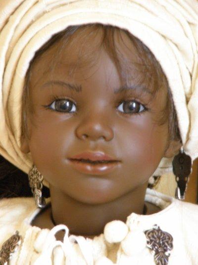 Edéis - poupée ethnique D&#39;nenes de l&#39;artiste <b>Carmen Gonzalez</b> - 3027917154_1_2_NGJ3TKAR