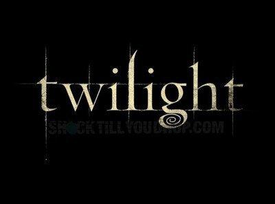 bienvenue au fan de  twilight et bonjour/bonsoir � tous!!!!!
