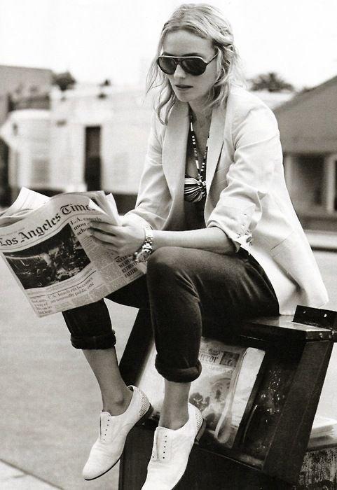Lire, c'est boire et manger. L'esprit qui ne lit pas maigrit comme le corps qui ne mange pas. _Victor Hugo