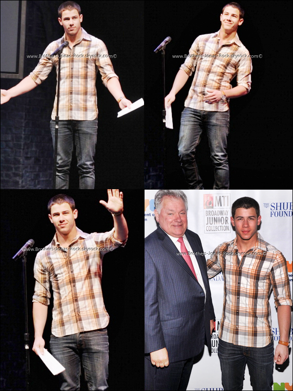 . 29/05/12 : Nick �tait au th�atre Shubert de New York pour le 7th Annual Shubert Foundation de Brodway. .