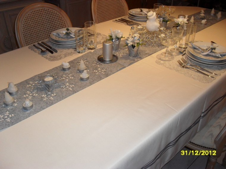 Nouvel an 1 deco de table blog de nathy170268 - Deco table reveillon nouvel an ...