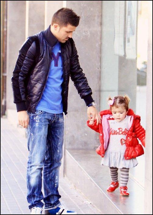 David Villa avec sa femme Patricia et ses deux filles, Zaida et Olaya; le 7 mars � Barcelone