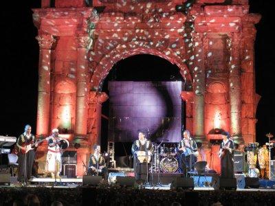 مجموعة أودادن  نسق جديد في تجربة المجموعات الغنائية الامازيغية في سوس تكونت مجموعة أودادن
