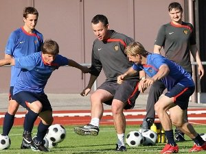 Youth Soccer Coaching Tips - Are You Coaching Soccer Tactics Too Early